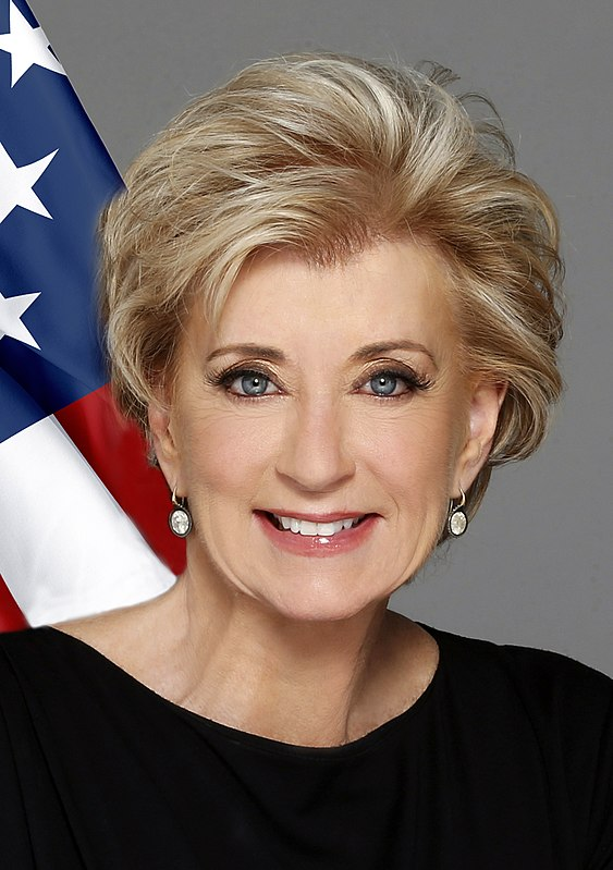 Linda McMahon official photo (cropped)
