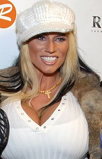 Lisa Lipps 05, Fashion Show 2009.jpg