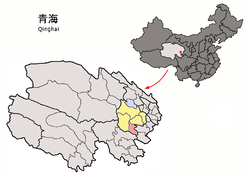 Tongde County (light red) within Hainan Prefecture (yellow) and Qinghai