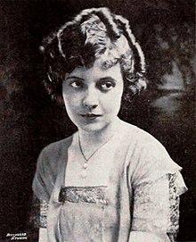12015c0db82d Lois Wilson (actress) - Wilson in 1920