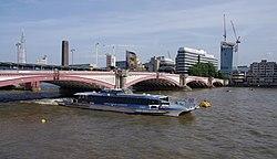 London MMB «J0 Blackfriars Bridge.jpg