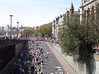 London Marathon 2005 at Blackfriars.jpg
