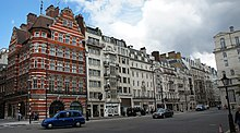 London Shopping 002 (6166876525) (2).jpg