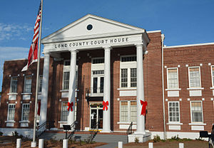 Long County Courthouse in Ludowici
