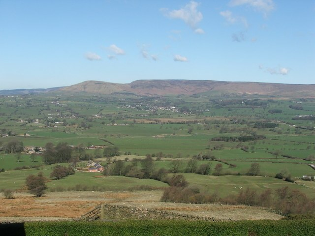 Loud Valley - geograph.org.uk - 149979