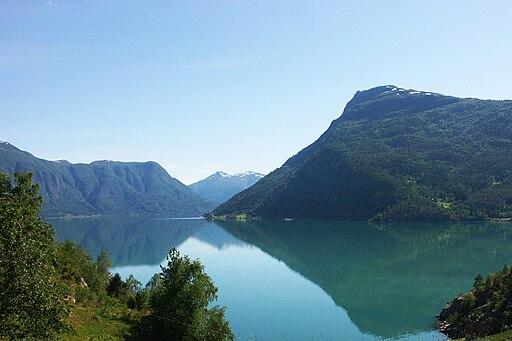Lustrafjorden, Norge