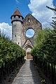 Mănăstirea Cârța, vedere alee intrare.jpg