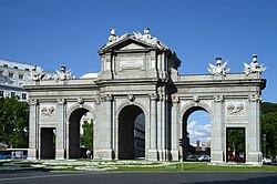 puerta de alcal wikivisually rh wikivisually com