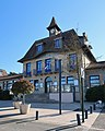 Mairie des Clayes-sous-Bois, Yvelines 14.jpg