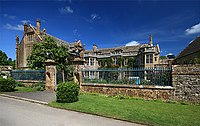 Mapperton Manor House - geograph.org.uk - 868201.jpg