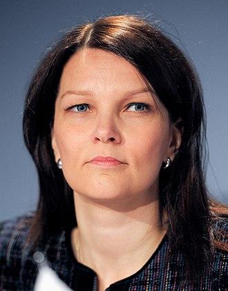 Mari Kiviniemi - Image: Mari Kiviniemi 2010 11 02 (2)