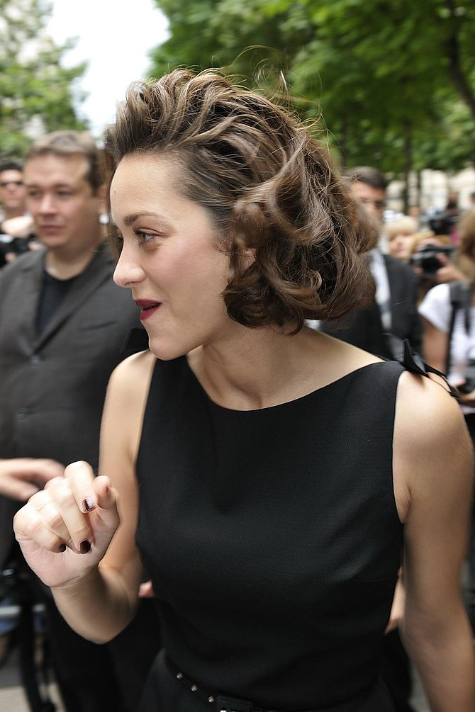 English: Actress Marion Cotillard — People aux...
