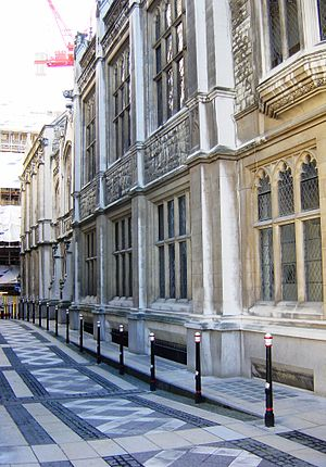 Mayor's and City of London Court - Image: Mayors and City of London Court 3