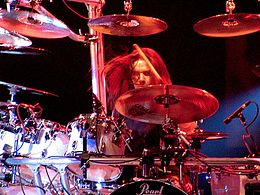 Megadeth live in Bucharest, Shawn Drover.jpg