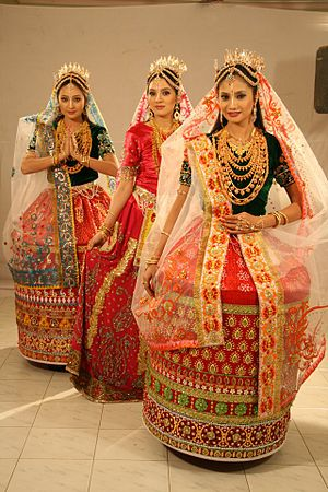 Meitei people - Bridal attire of Meitei women