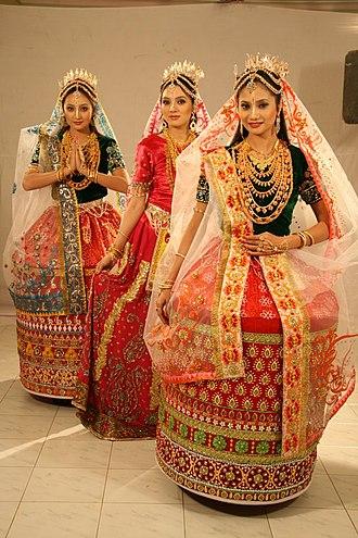 Meitei people - Bridal attire of Meitei women