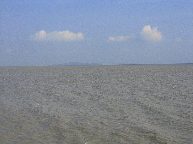 البحرية السنغافورية و سيادة الأعماق 800px-Melaka-strait