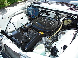 Mercedes-Benz 230E Engine.JPG