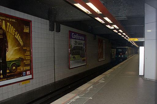 Metro L1 Grande-Arche IMG 5564