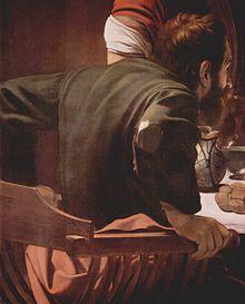 Détail d'un tableau. Un homme barbu, aux vêtements élimés, assis dans un fauteuil, s'accroche à ses accoudoirs.