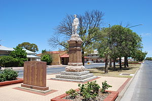 Minlaton, South Australia - War memorial on Main St.
