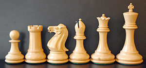 Outline of chess - A Staunton chess set