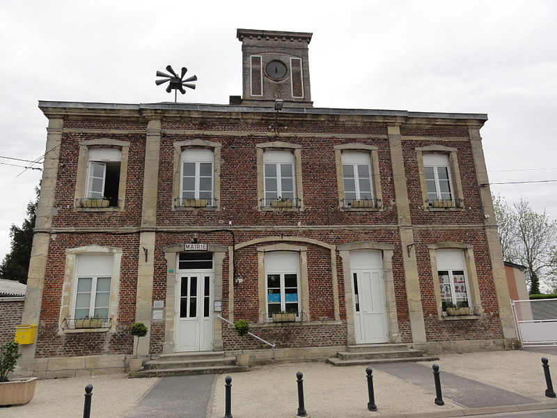 Monceau-lès-Leups (Aisne) mairie - école