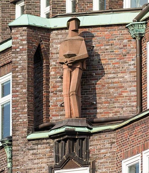 File:Montanhof (Hamburg-Altstadt).Fassadendetail.2.11874.ajb.jpg