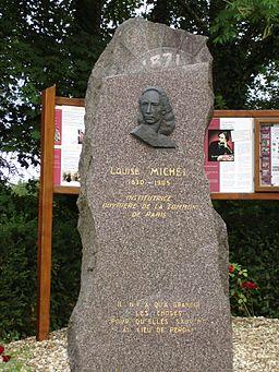 Monument Louise Michel Vroncourt