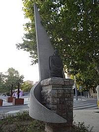 Monument a Pere Vives Vich (Igualada) 03.JPG