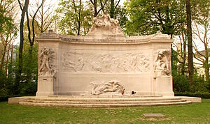 Thomas Vinçotte - stone monument to Pioneers of the Belgian Congo, at the Parc du Cinquantenaire, Brussel, 1921