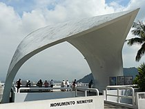 Monumento Niemeyer (3666878407).jpg