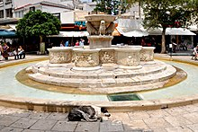 Morosini Fountain in Heracleion, Crete island, Greece 001.jpg