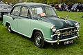 Morris Oxford Series III Saloon 1958 14268404307.jpg