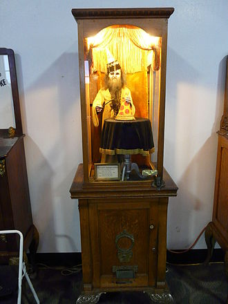 Fortune teller machine - A fortune teller machine at Musée Mécanique