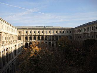 Museo Nacional Centro de Arte Reina Sofía - Courtyard in old hospital building