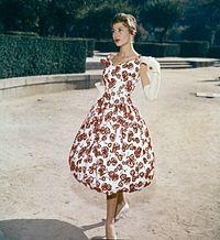 Modelos de vestidos corte chanel