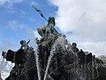 Neptunbrunnen 055.jpg