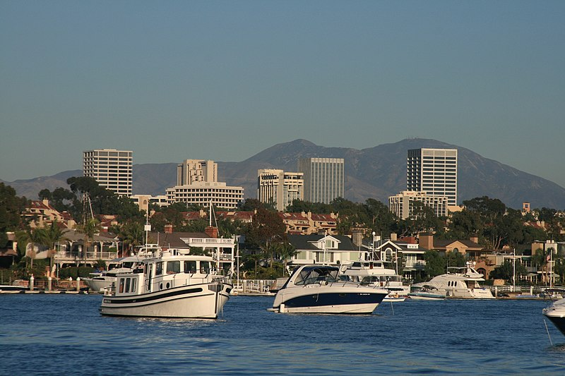 800px-Newport_Center_Skyline_and_Santa_Ana_Mountains.jpg