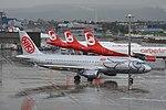 Niki Airbus A320-214 OE-LEH (26852651275).jpg