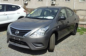 Nissan Sunny N17 facelift China 2016-04-13.jpg