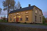 Fil:Norrfors herrgård-2011-09-30.jpg
