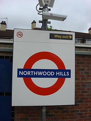 Northwood Hills tube station - Image: Northwood Hills tube roundel