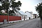 Fil:Nygatan 52 Porten 1 Visby Gotland.jpg