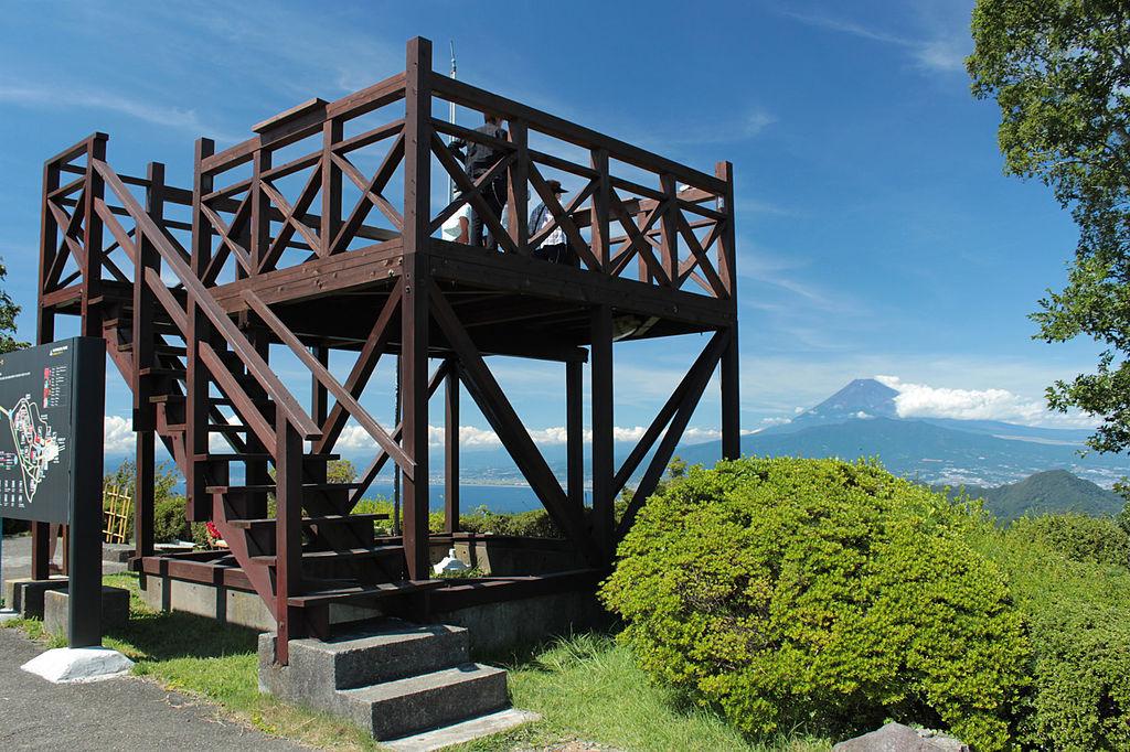 ファイル observation deck of mount katsuragi 20120910 jpg wikipedia