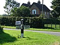 Old Style Signpost - geograph.org.uk - 535526.jpg
