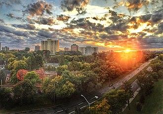 Vanier, Ontario - Image: Ottawa (30162595621)