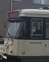 Oude tram 8 met nieuwe lijnfilm.jpg