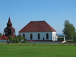 Uvigens gamle kirke i august 2006