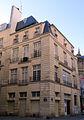 P1140548 Paris IV angle rue des Juges-Consuls et du Cloitre st-Merri maison MH rwk.jpg